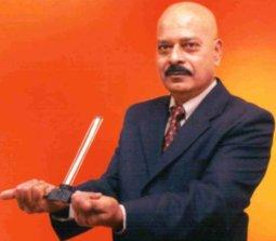 Dr. M. Sathiamurthi